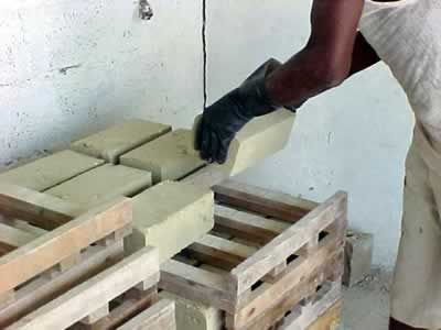 Ideas sobre bloques prensados de tierra - Como hacer tabiques ...